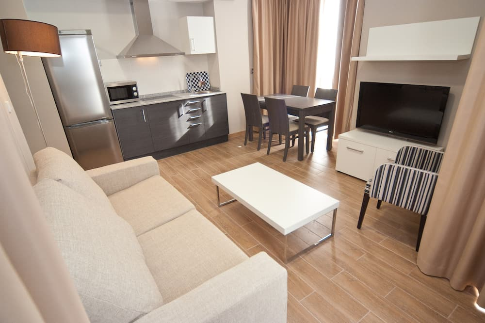 Apartment, 1 Bedroom (For 2 People) - Living Room