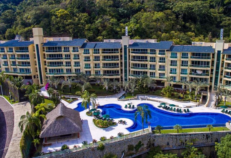 B Pichilingue Acapulco, Acapulco