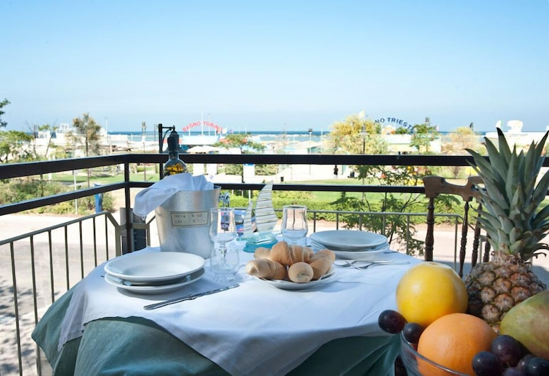 Hotel Atlas, Cesenatico, Outdoor Dining