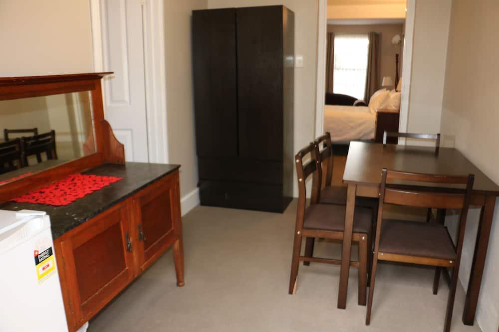 Deluxe-værelse til 4 personer - Spisning på værelset