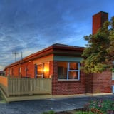 The Anchorage - Superior House, 3 Bedrooms, Sea View  - Guest Room