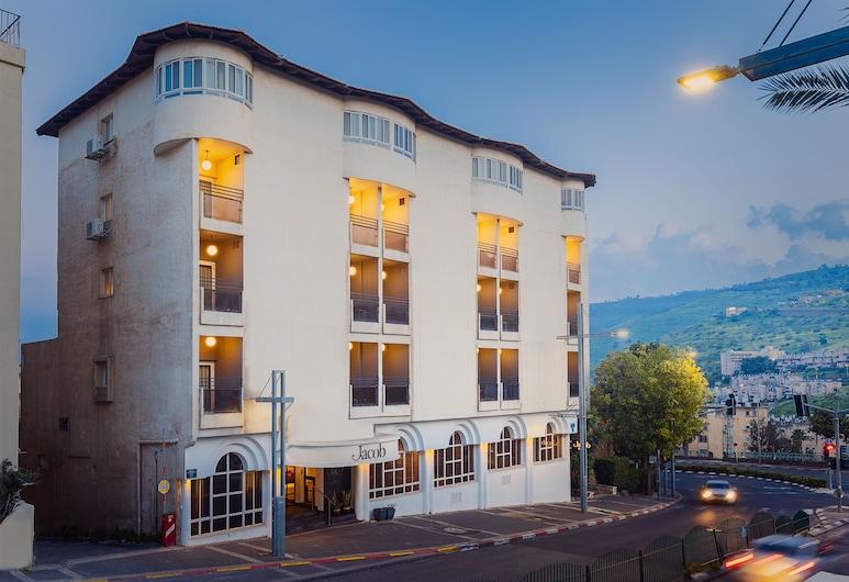 Jacob Hotel, Tiberias