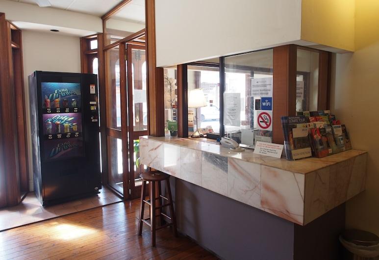 Australian Sunrise Lodge, Newtown, Réception