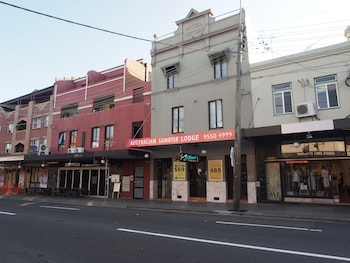 Hotels In Newtown