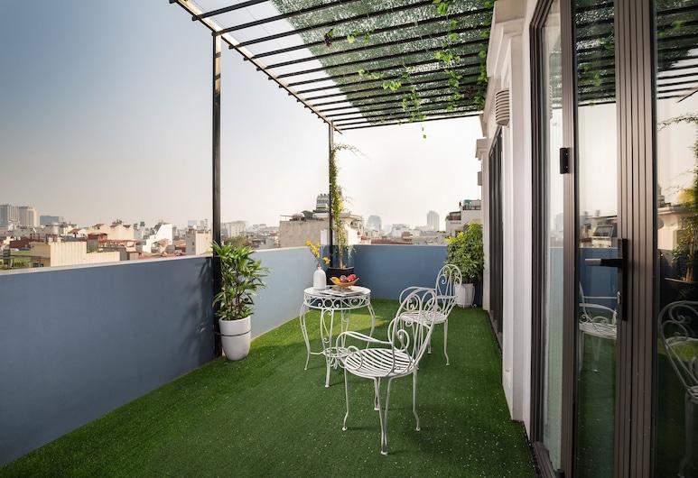 Serene Boutique Hotel & Spa, Hanoi, Royal-Suite, 1King-Bett, Balkon