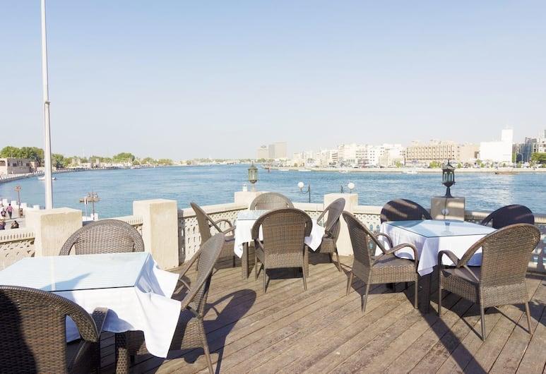 Barjeel Heritage Guest House, Dubai, Tempat Makan Luar Ruangan