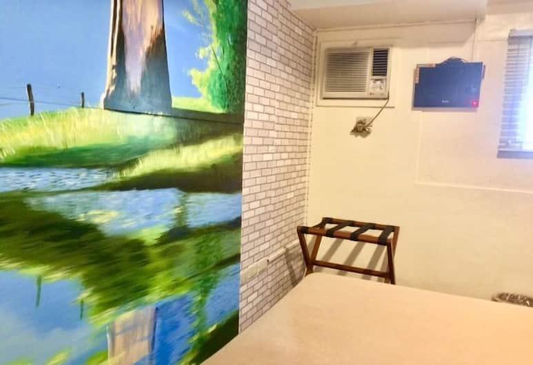 Spaces By Eco Hotel Makati, Makati, Standard Tek Büyük Yataklı Oda, Oda