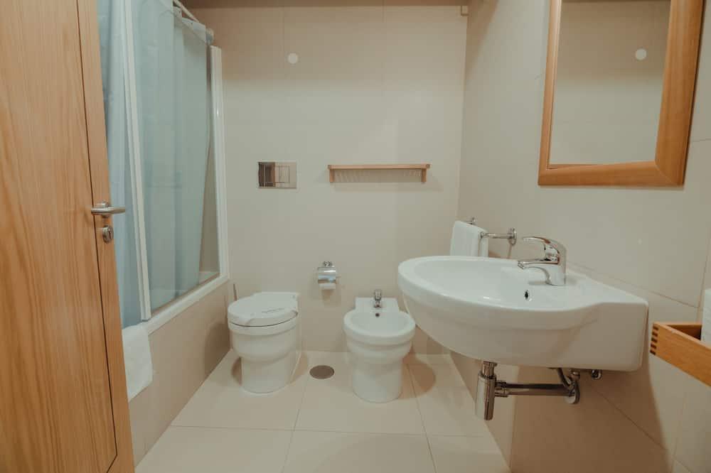 家庭套房, 非吸煙房 - 浴室