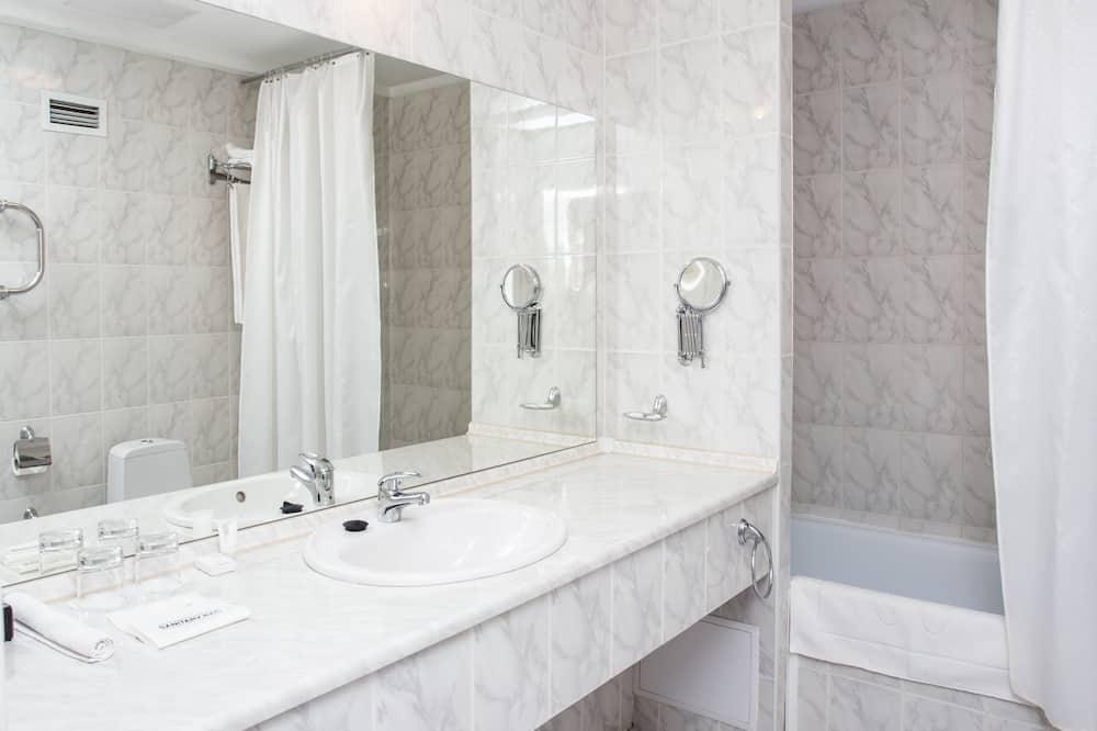 스위트, 퀸사이즈침대 1개, 금연 - 욕실