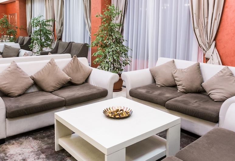 Best Western Plus Atakent Park Hotel, Almaty, Salón en el lobby