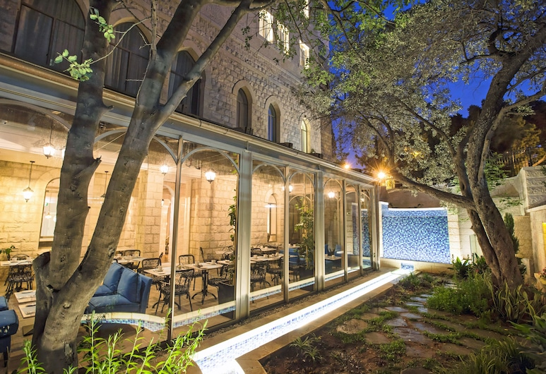 מלון ביי קלאב - מלון בוטיק מרשת אטלס, חיפה, ארוחות