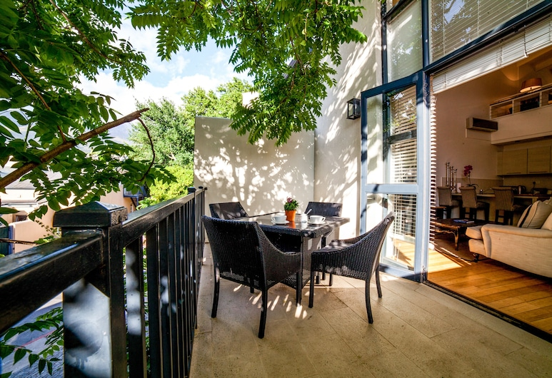 The Ivy Apartments, Franschhoek, Apartment 3, Terrace/Patio