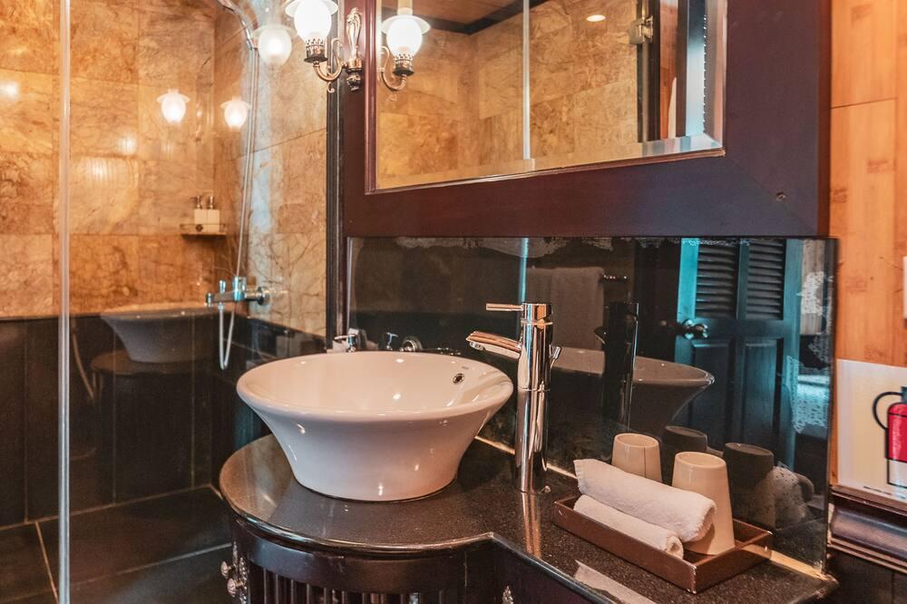 高級雙人或雙床房, 1 間臥室, 海灣景觀 - 浴室