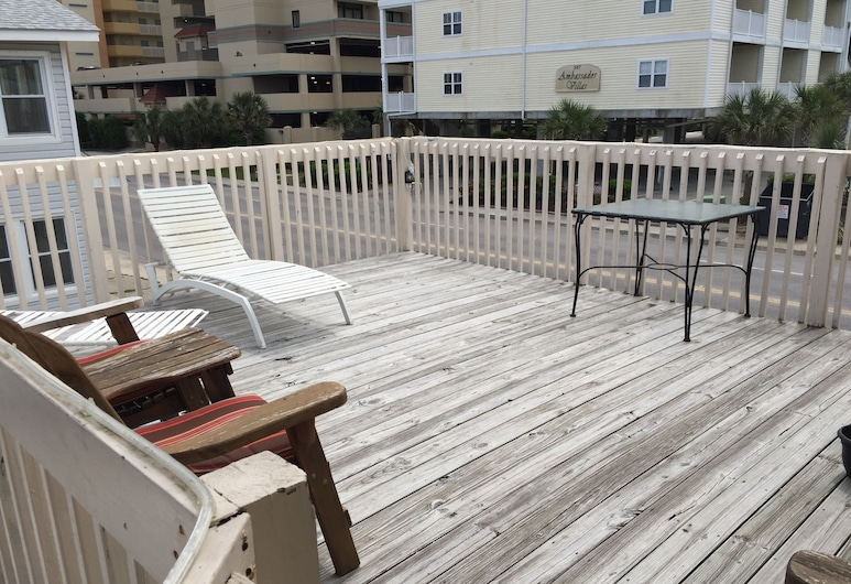 High Tide Motel, North Myrtle Beach, Terraza o patio