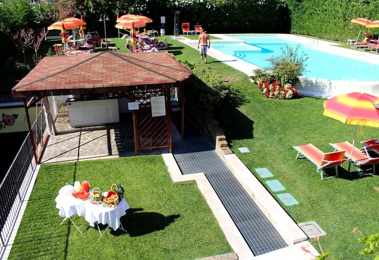 Hotel Romantic, Cavaion Veronese, Außenpool