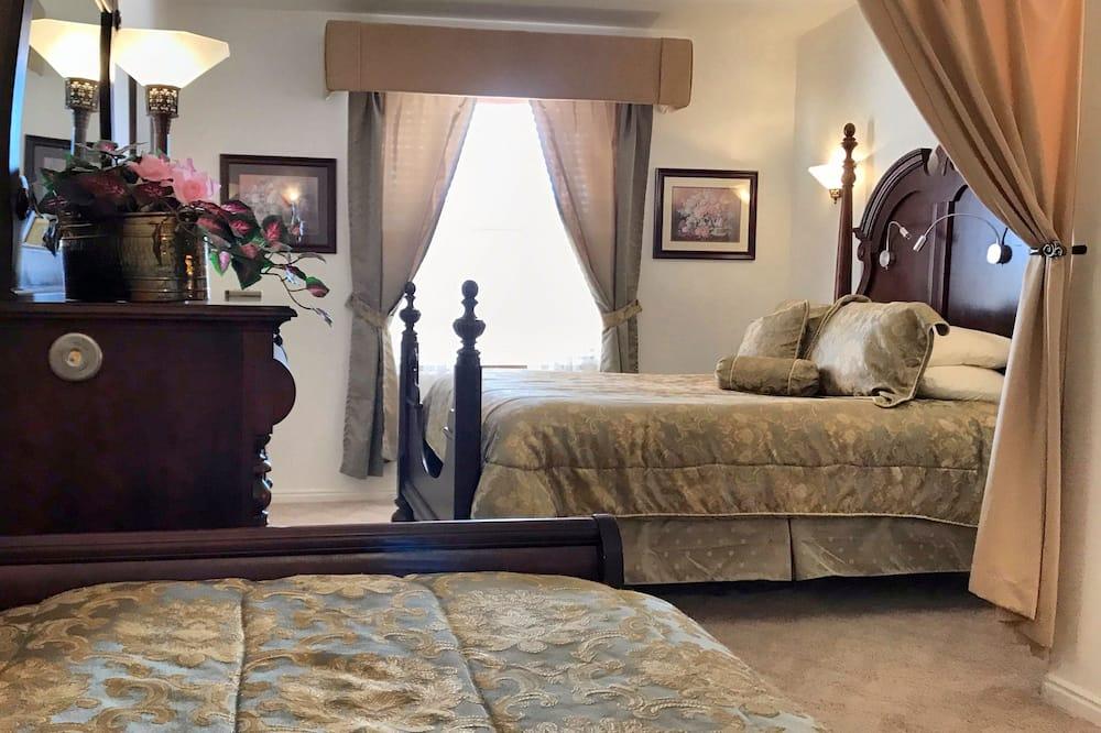 Standard Room, Multiple Beds, Private Bathroom -Not in Room - Garden View