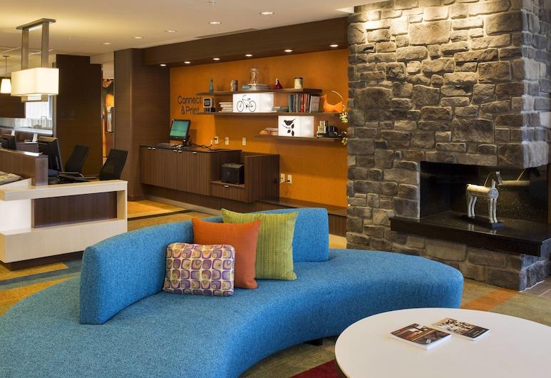 Fairfield Inn & Suites Hershey Chocolate Avenue, Hershey, Lobby