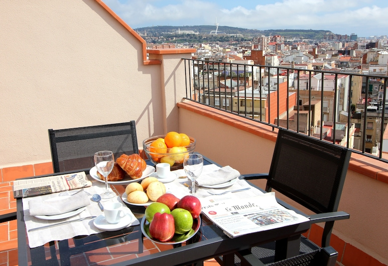 Pierre & Vacances Barcelona Sants, Barcelona, Terrace/Patio