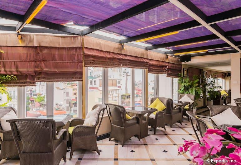 貢朵拉 SPA 飯店, 河內, 露台