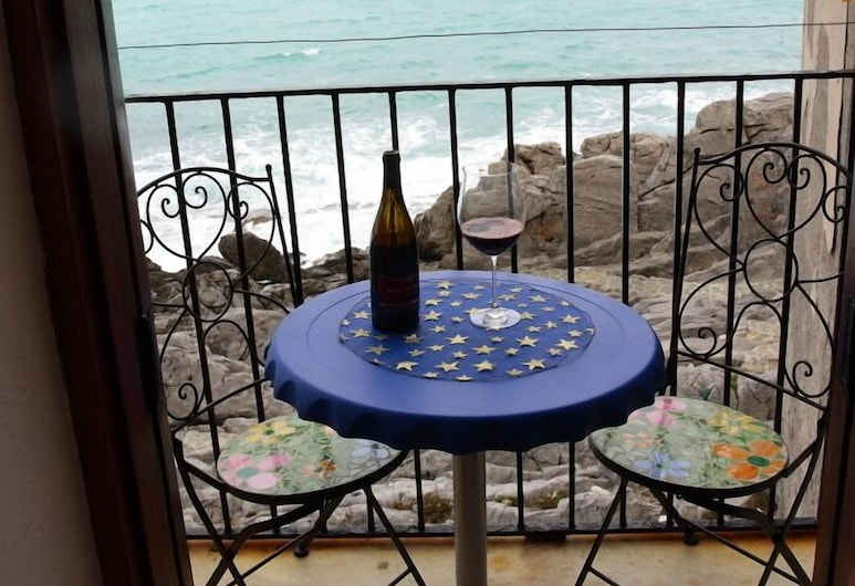 Appartamenti Vacation Service - Cefalu' City Center, Cefalù, Balcón