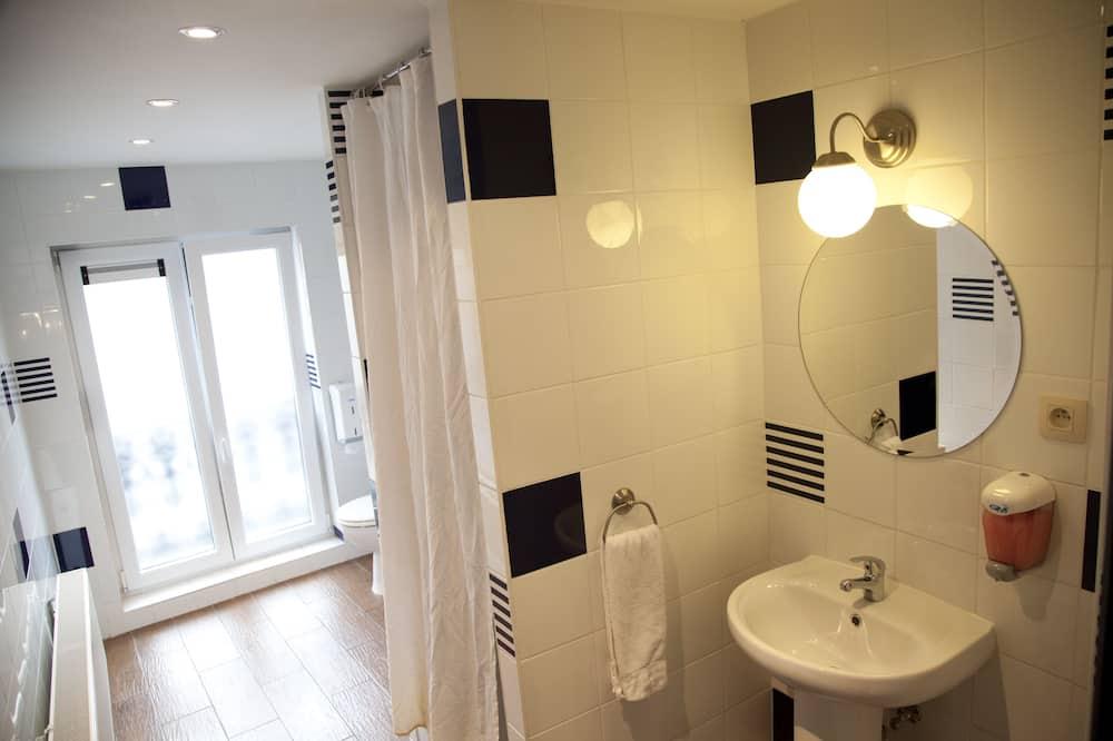 įprastas - Vonios kambarys