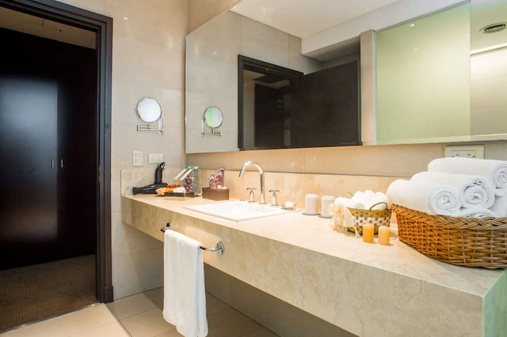 Presidential-suite - 1 kingsize-seng - Badeværelse