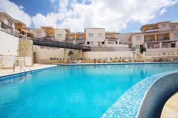 Picture of Club Coral View Resort in Pegeia