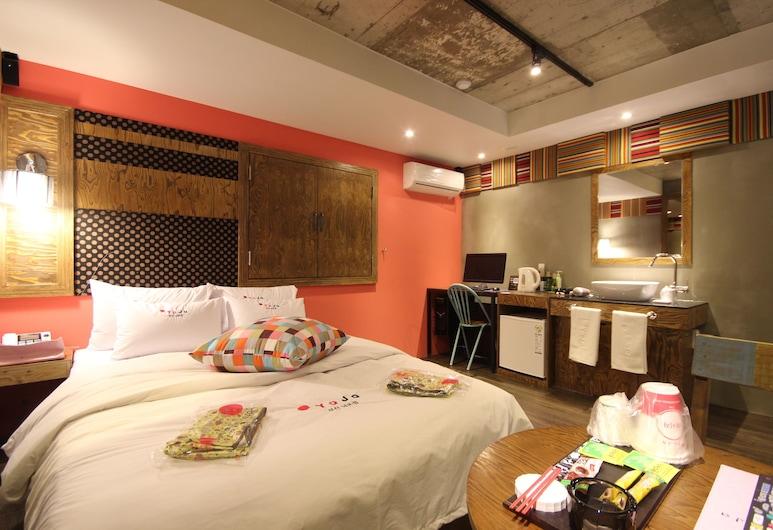 Hotel Yaja Nampo Lotte, Busan, Premium Room, Guest Room