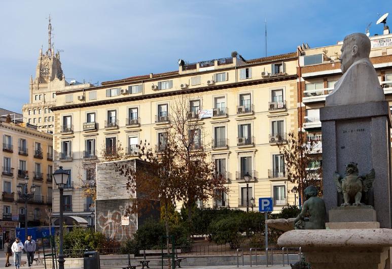 Hostal Zamora, Madrid, Façade de l'hôtel