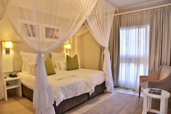 Enter your dates to get the Victoria Falls hotel deal