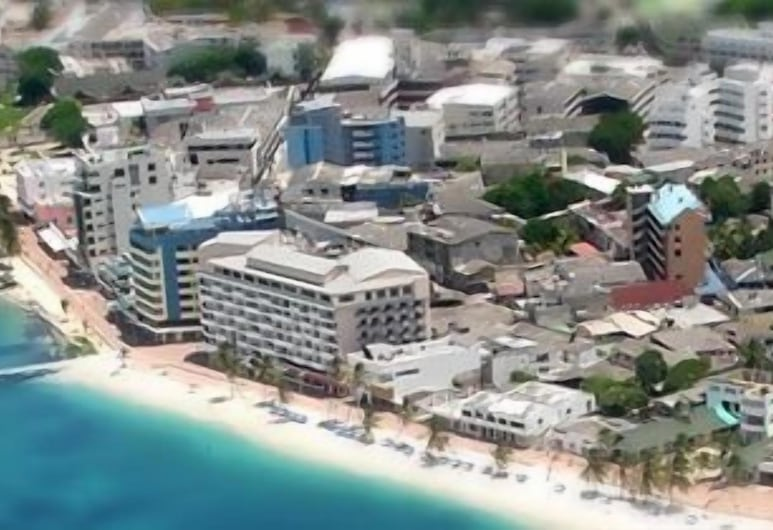 Hotel Tiuna, San Andres, Aerial View