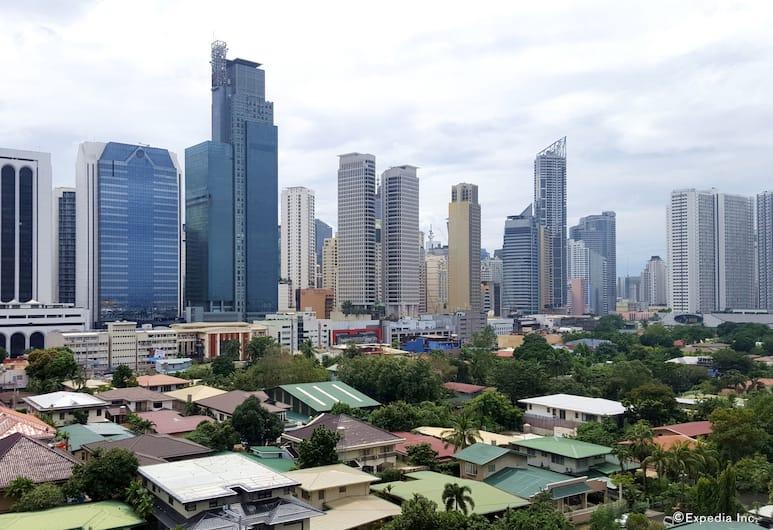 Lourdes Suites, Makati, Pemandangan dari Hotel