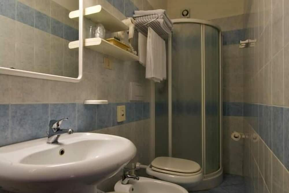 Standard dubbelrum eller tvåbäddsrum - Badrum