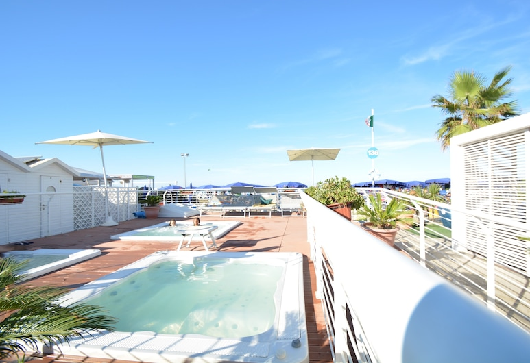 Hotel Mirabella, Riccione, Spiaggia