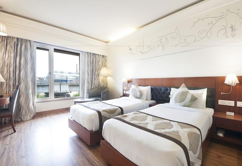 Hotel Regent Grand, New Delhi, Metro View Room, Guest Room