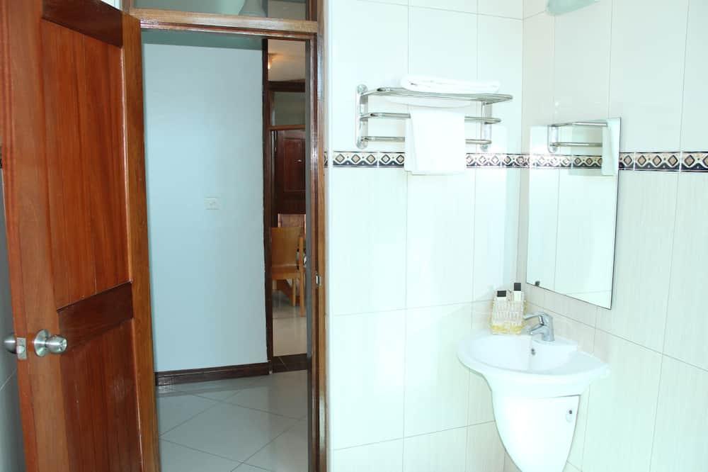 Appart'hôtel Supérieur, 2 chambres - Salle de bain