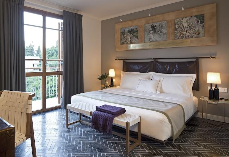מלון רוטשילד תל אביב, תל אביב, חדר פרימיום, מרפסת, חדר אורחים