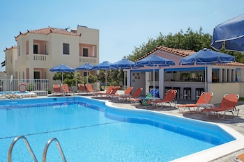Picture of Aphrodite Hotel & Suites in Samos