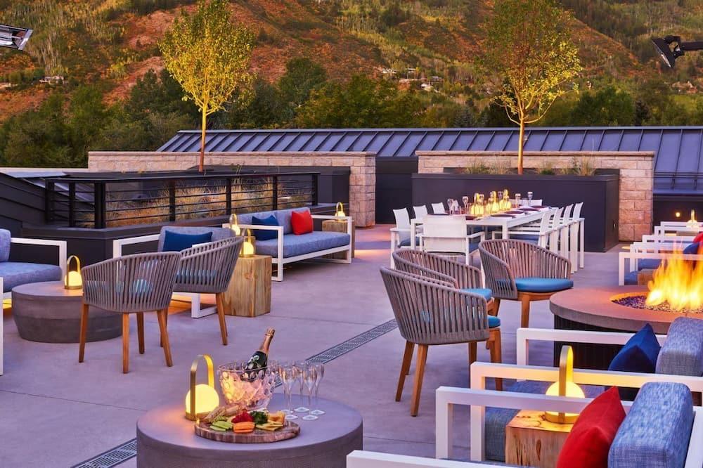 Condo (Aspen_Sky_Residence_2) - Balcony