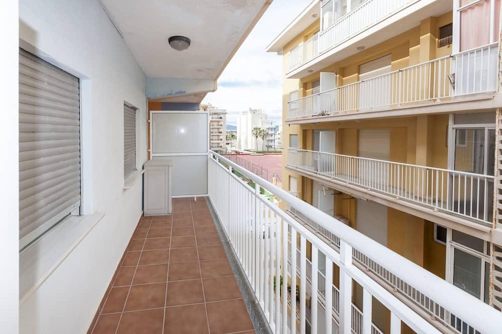 Apartment, Balcony, Partial Sea View (3 Bedrooms) - Balcony