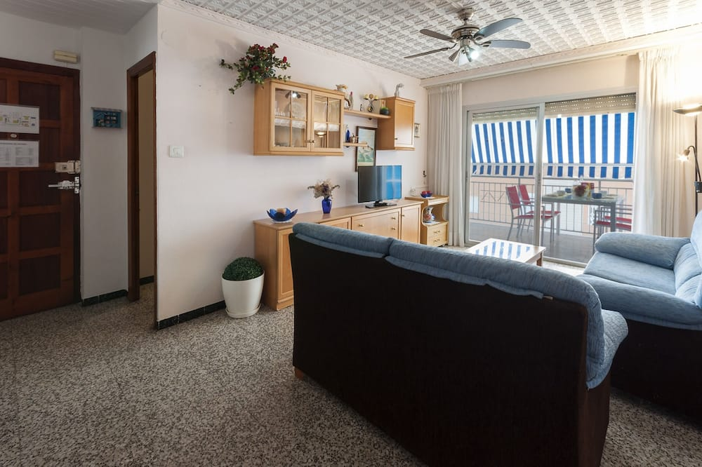 Apartment (3 Bedrooms) - Living Room
