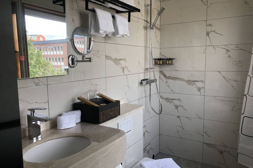 Quarto Twin Deluxe, Casa de Banho Privativa - Casa de banho
