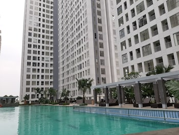 Picture of Strategic Studio Apartment with Extra Bed at M-Town Residence in Tangerang