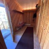Hidden Valley Ski In/ski out 3 Bedroom 3 Full Baths