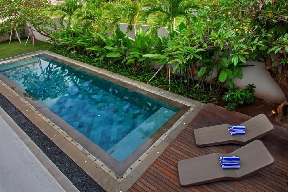 فيلا - ٤ غرف نوم - حوض سباحة خاص