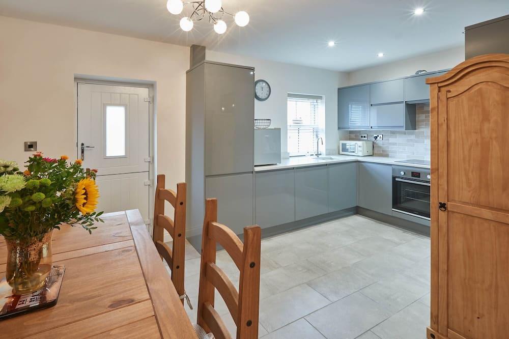 Māja, trīs guļamistabas - Privāta virtuve