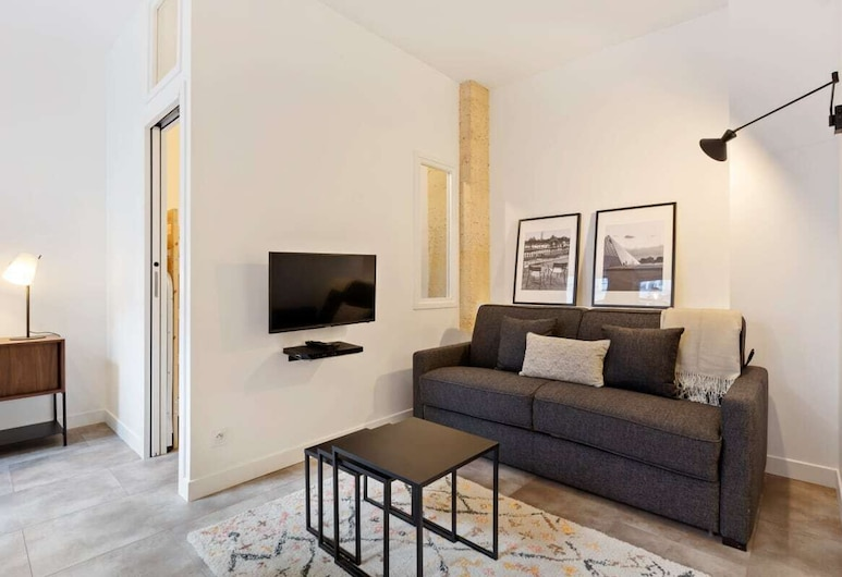 Contemporary & Comfortable 2 Bedroom Apartment in Paris, Paris, Oppholdsområde