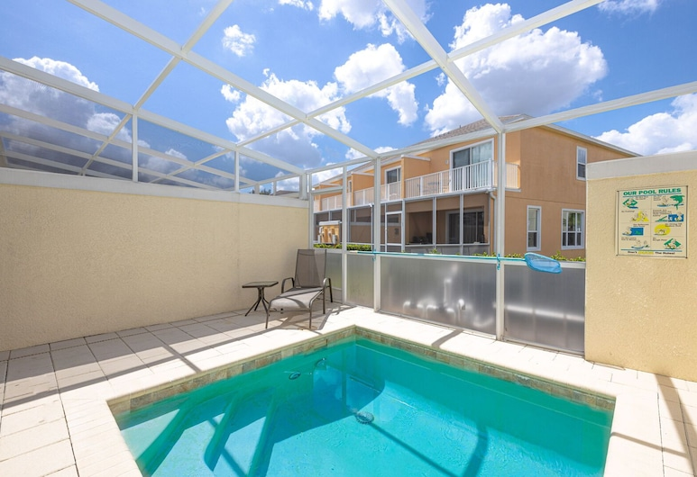 Modern Townhouse With Pool near Disney, Clermont