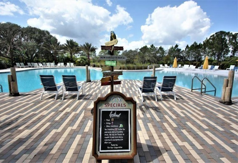 Luxury Town home With Pvt Pool in Resort near Disney, Davenport, Værelse