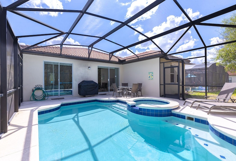 Newly Remodeled 1 story - 5 Bed 5 Bath with Pvt Pool Spa And Game Room, Kissimmee, Room